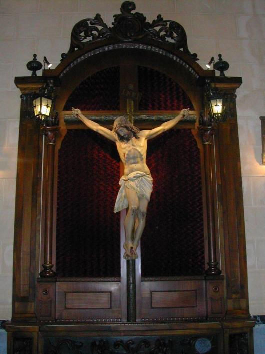 Crucificado. Capilla Hospital Militar
