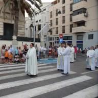 Vicario Roberto Rojo y clero de Melilla