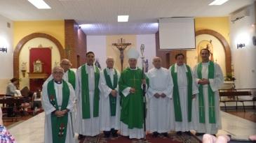 Monseñor Catalá y clero melillense