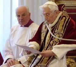 Renuncia de Benedicto XVI, 2013