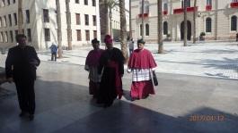 LLegada del obispo a la catedral