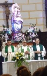 Padre Rafael López junto al Vicario Eduardo Resa