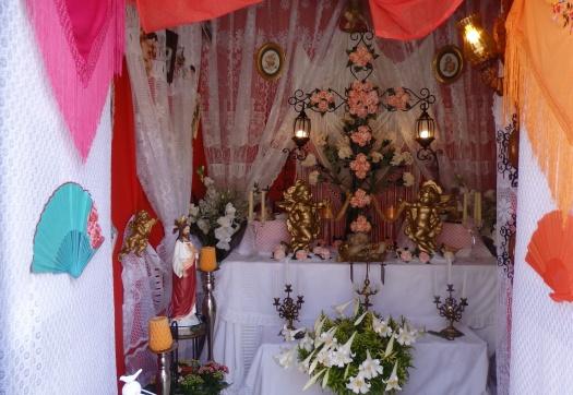 Cruz de Mayo y exornos