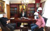 Metropolitano Serafín y el alcalde del Pireo